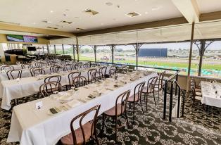 Moreton Dining | Brisbane Racing Club
