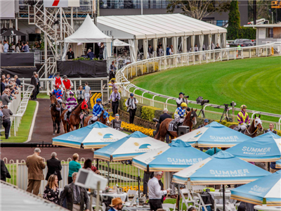 Christmas At The Races | Brisbane Racing Club