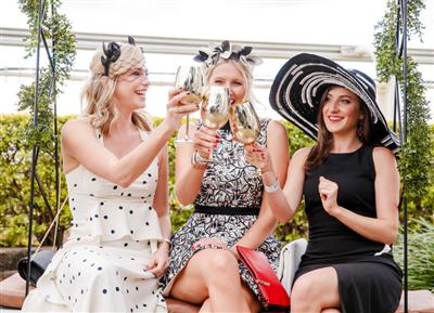 Girls Day Out | Brisbane Racing Club
