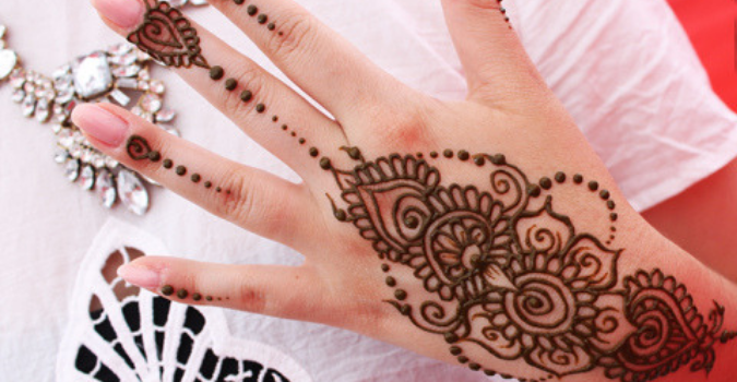 Henna at Girls Day Out | Brisbane Racing Club