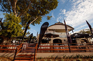 Buffs Deck | Brisbane Racing Club